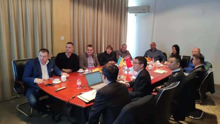 福邦国际业务团队与乌克兰用户交流