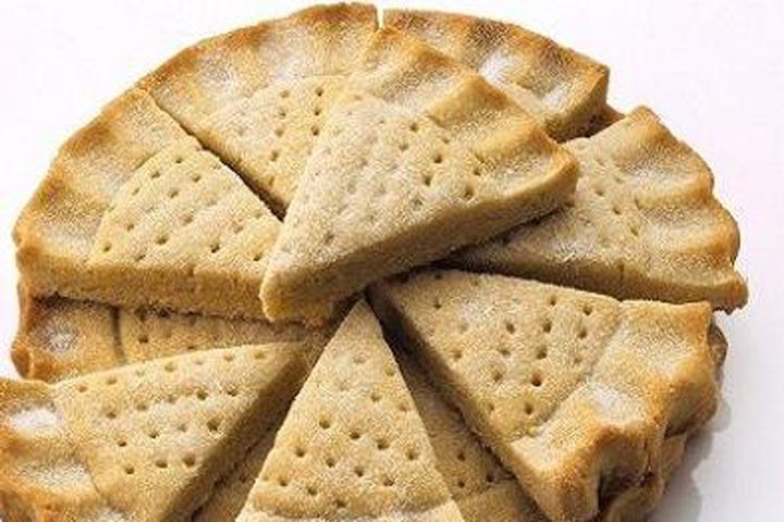 如何制作脆饼面团