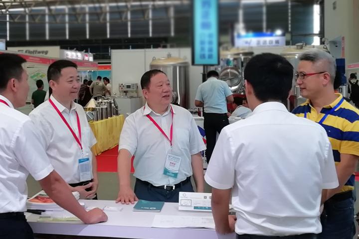 安琪参加第六届上海国际生物发酵产品与技术装备展览会